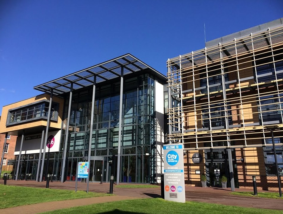 Brayborne re-awarded City College Southampton campus cleaning contract